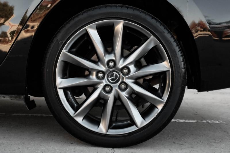 Mazda Mazda3 4-Door 2018 price $13,990