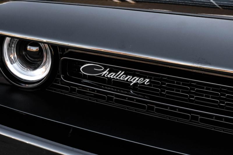 Dodge Challenger 2015 price $31,990