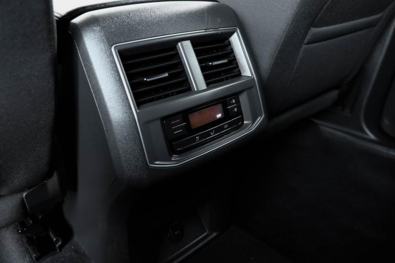 Volkswagen Atlas 2019 price $25,990