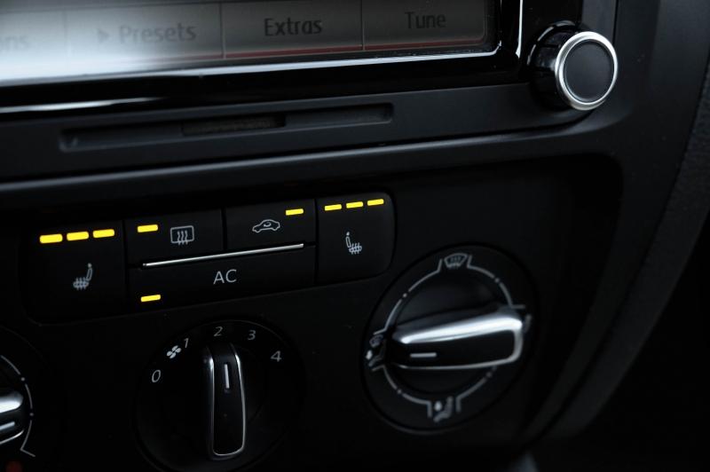 Volkswagen Jetta Sedan 2012 price $9,990