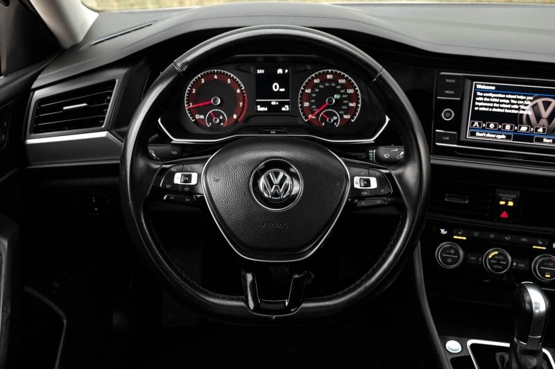 Volkswagen Jetta 2019 price $15,690