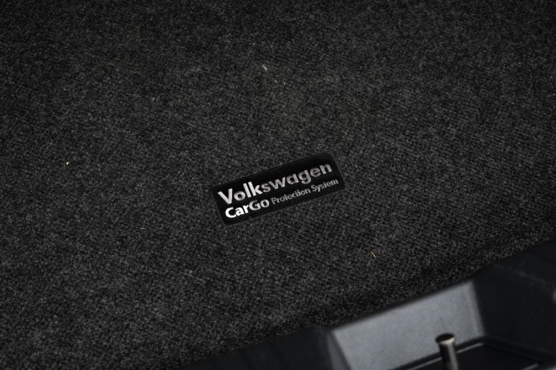 Volkswagen Jetta 2019 price $15,990