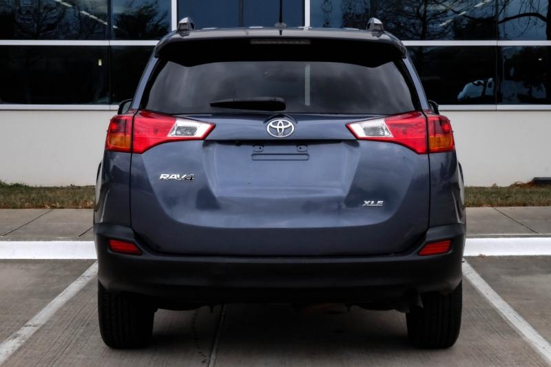 Toyota RAV4 2014 price $12,990