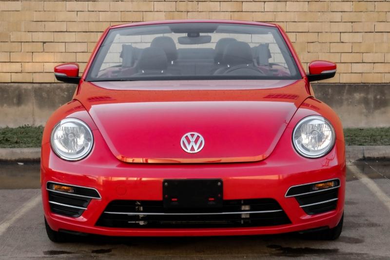 Volkswagen Beetle Convertible 2017 price $20,990