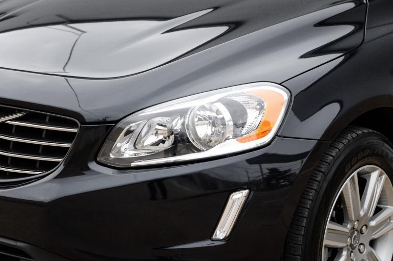 Volvo XC60 2017 price $21,990