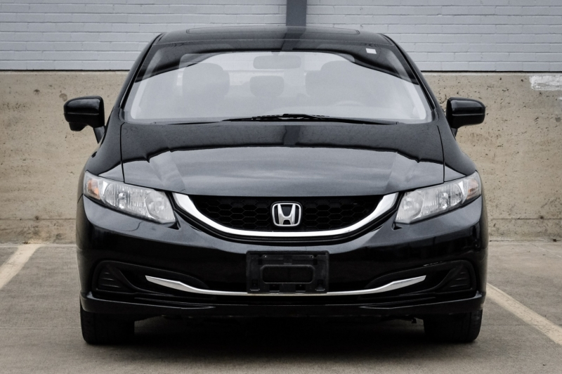 Honda Civic Sedan 2015 price $11,990