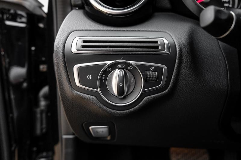 Mercedes-Benz C-Class 2018 price $24,990