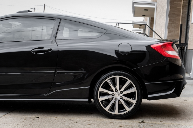 Honda Civic Cpe 2012 price $11,990