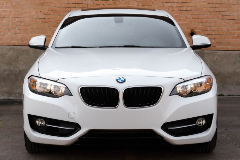 BMW 2 Series 2016 price $18,990