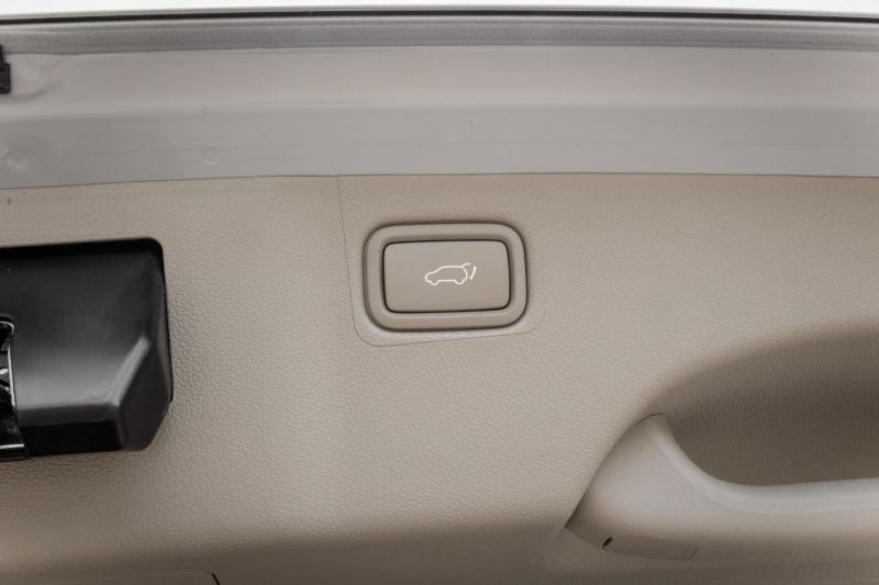 Kia Sedona 2020 price $37,990
