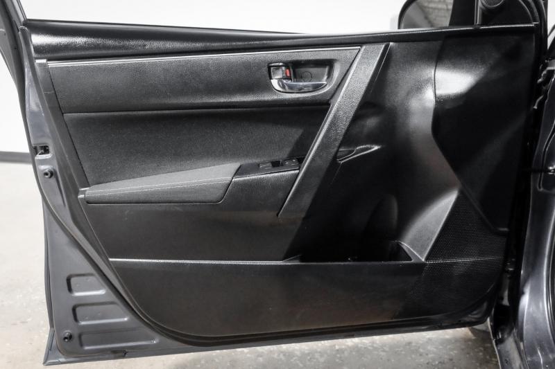 Toyota Corolla 2017 price $13,990