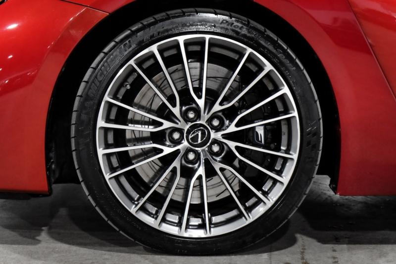 Lexus RC F 2017 price $52,990
