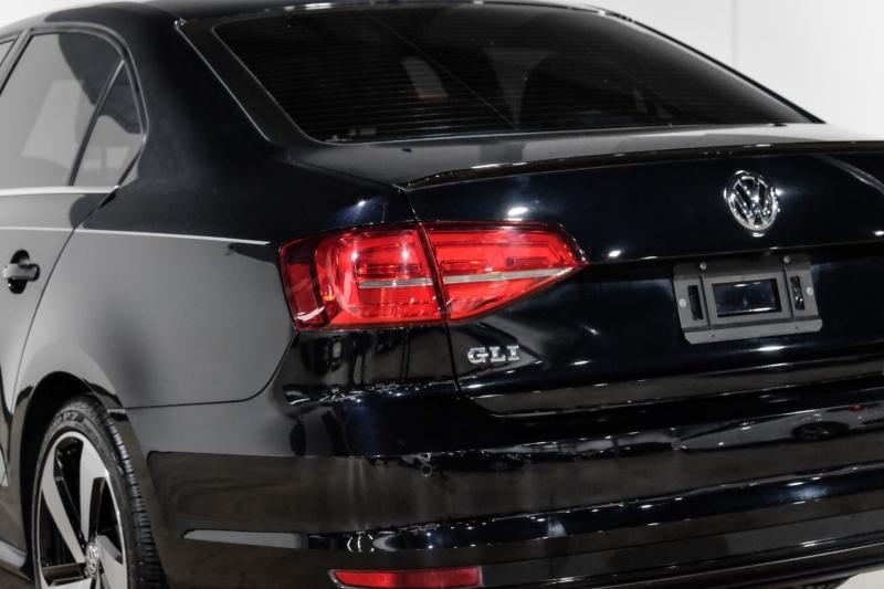 Volkswagen Jetta 2018 price $21,990