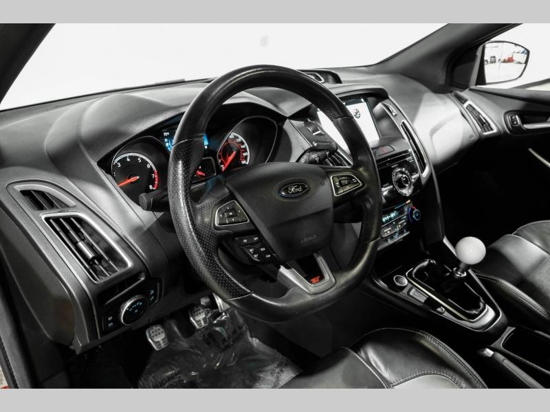 Ford Focus 2017 price $21,790
