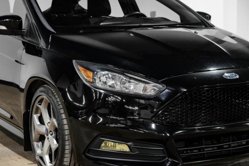 Ford Focus 2016 price $18,990