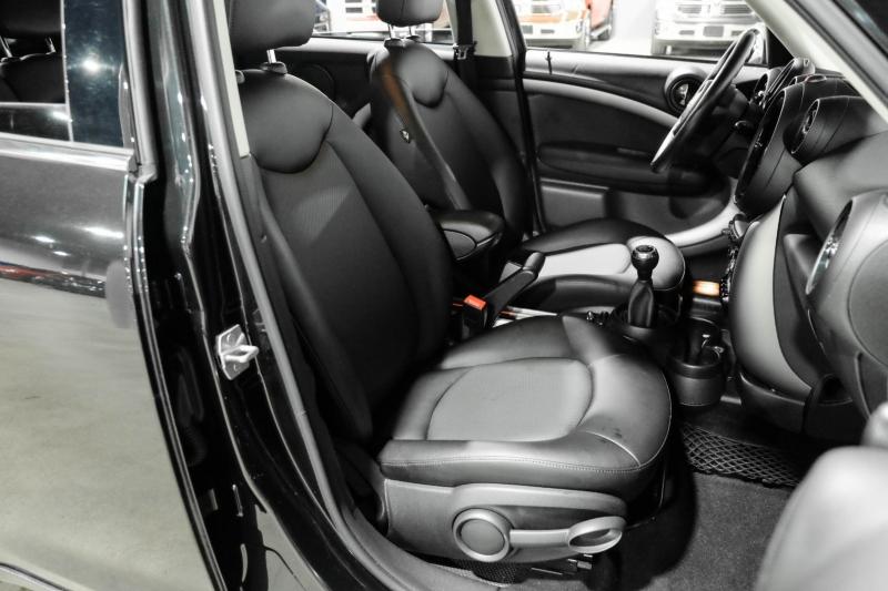 Mini Cooper Countryman 2016 price $16,990