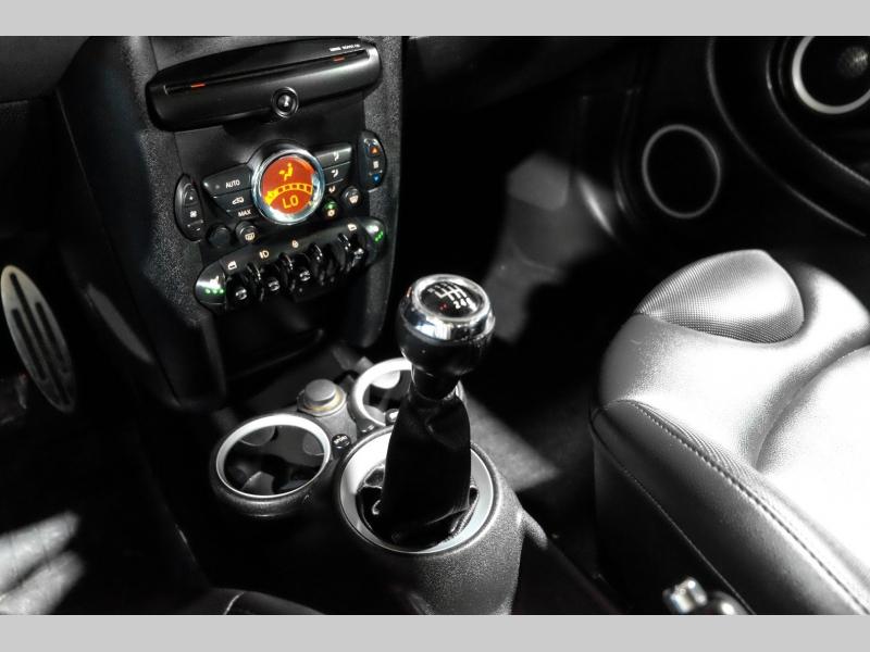 Mini Cooper Hardtop 2012 price $9,990