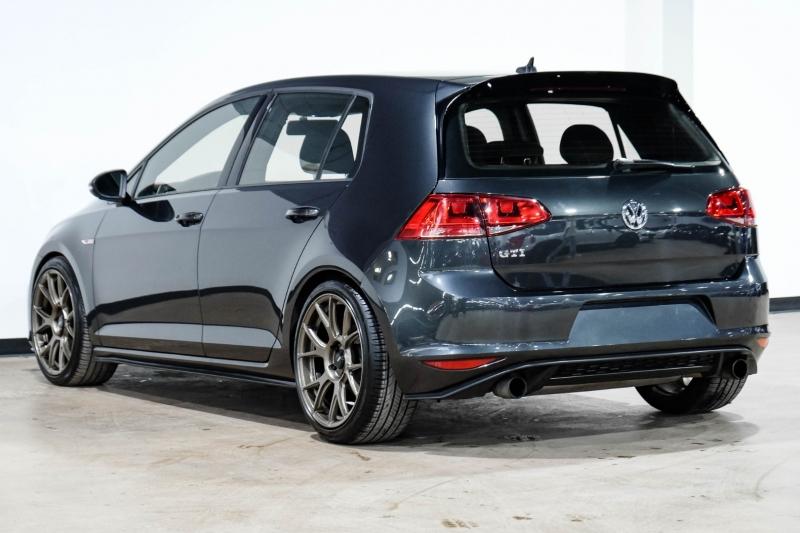 Volkswagen Golf GTI 2017 price $20,990