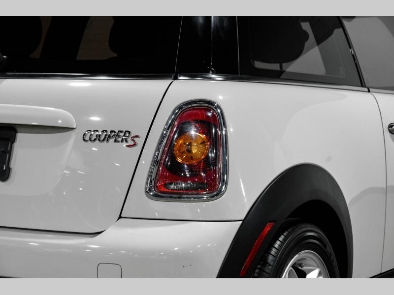 Mini Cooper Hardtop 2010 price $8,990