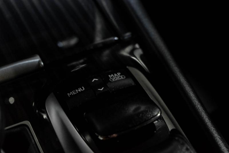 Lexus LS 460 2013 price $27,990