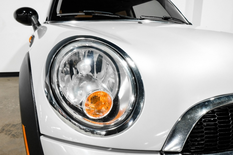Mini Cooper Hardtop 2013 price $9,990
