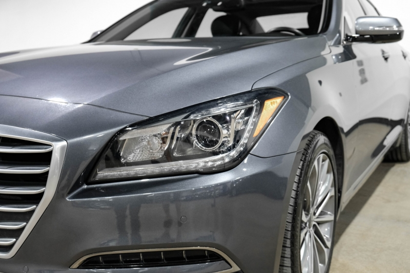 Hyundai Genesis 2015 price $20,990