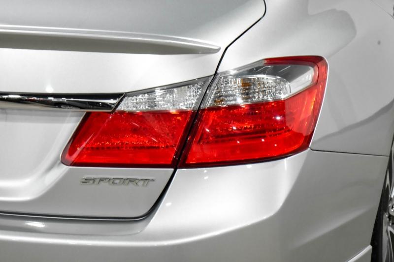Honda Accord Sedan 2015 price $16,990
