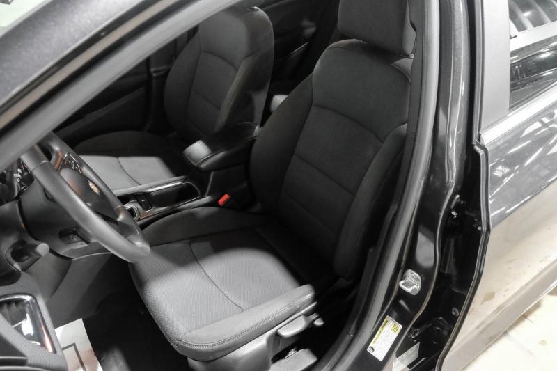 Chevrolet Cruze 2017 price $13,990