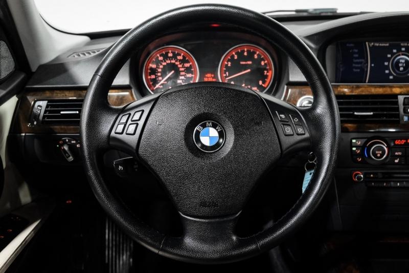 BMW 3-Series 2011 price $14,990