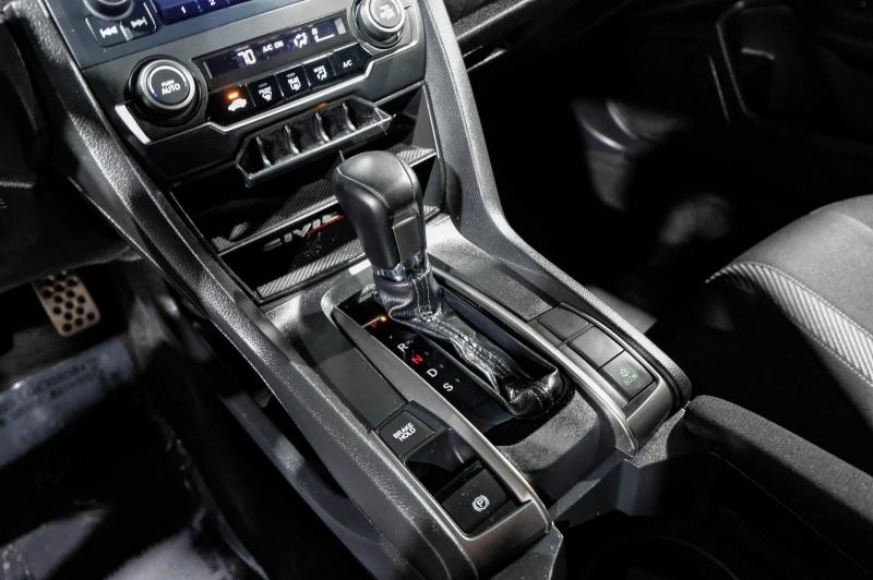 Honda Civic Hatchback 2019 price $23,990