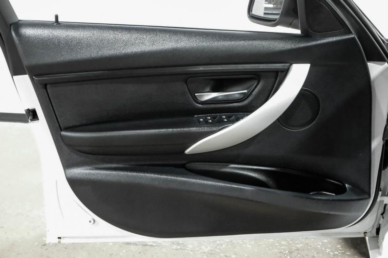BMW 3-Series 2013 price $15,990