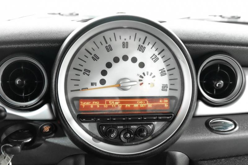 Mini Cooper Coupe 2012 price $12,490
