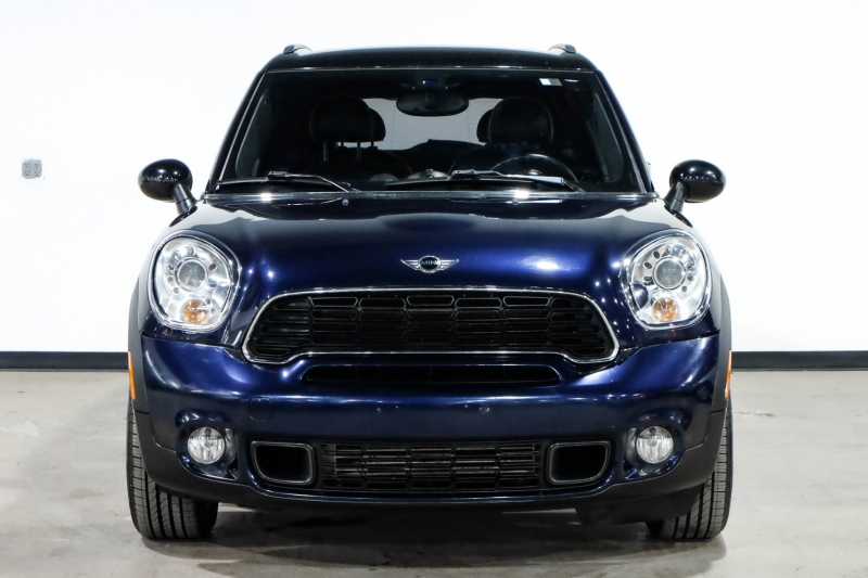 Mini Cooper Countryman 2012 price $11,990
