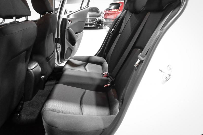 Mazda Mazda3 2017 price $16,990