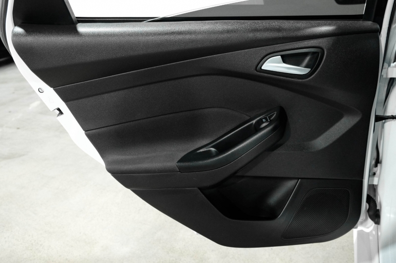 Ford Focus 2016 price $19,490