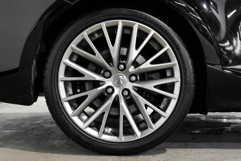 Lexus IS 300 2016 price $27,490