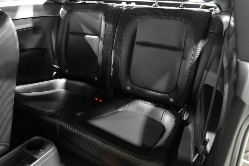 Volkswagen Beetle 2012 price $10,990