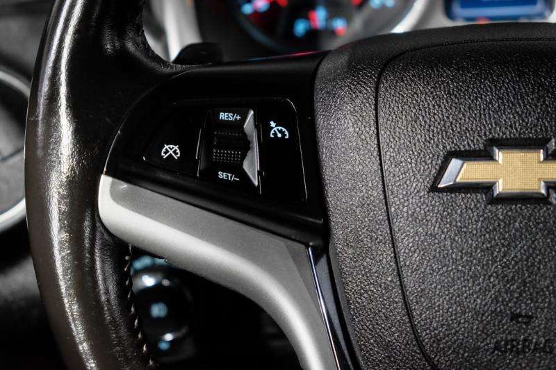 Chevrolet Camaro 2015 price $25,990