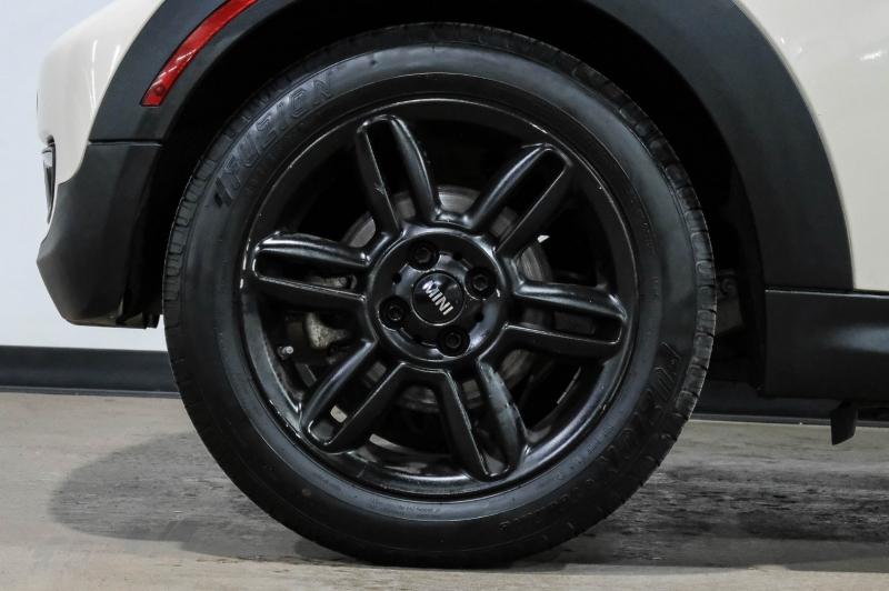 Mini Cooper Hardtop 2011 price $8,990