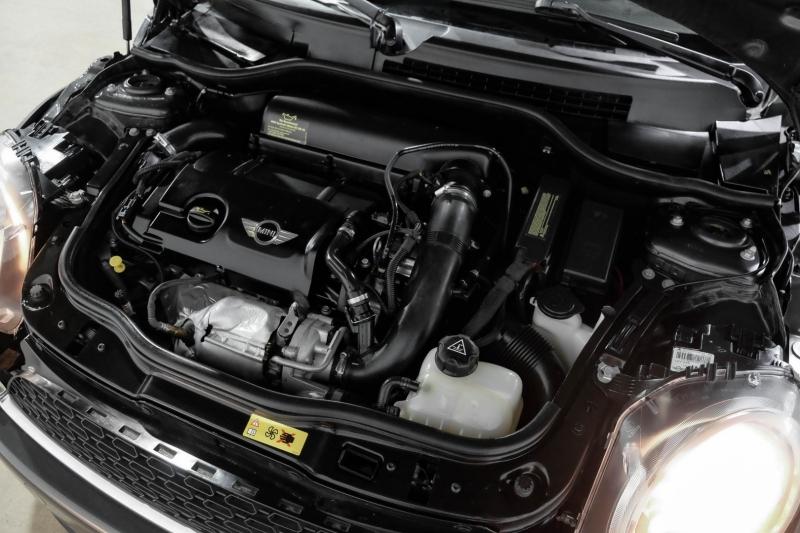 Mini Cooper Hardtop 2012 price $10,990