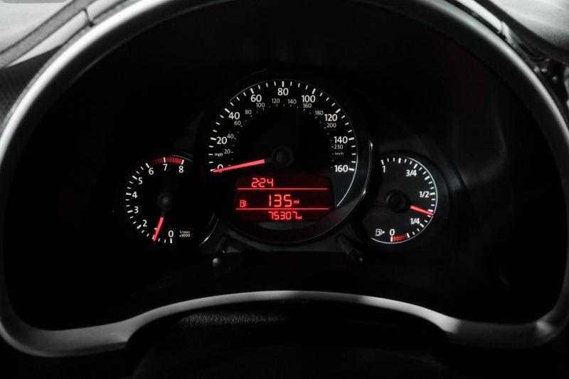 Volkswagen Beetle 2012 price $12,990