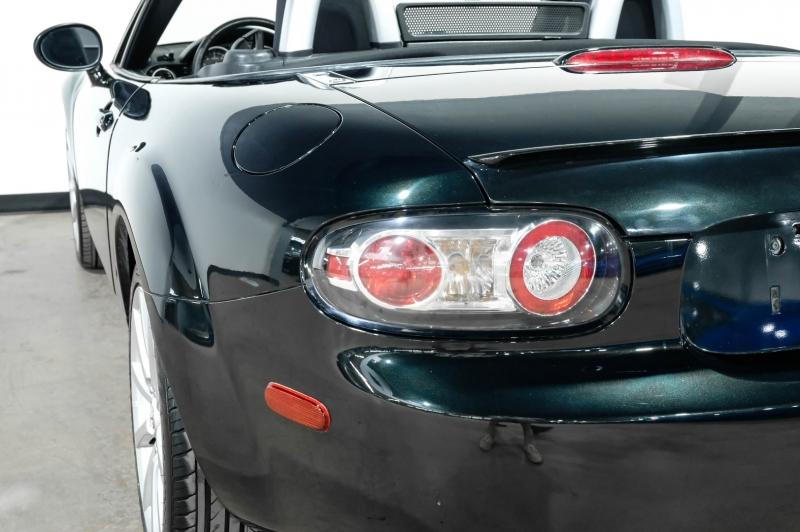 Mazda MX-5 Miata 2008 price $12,990