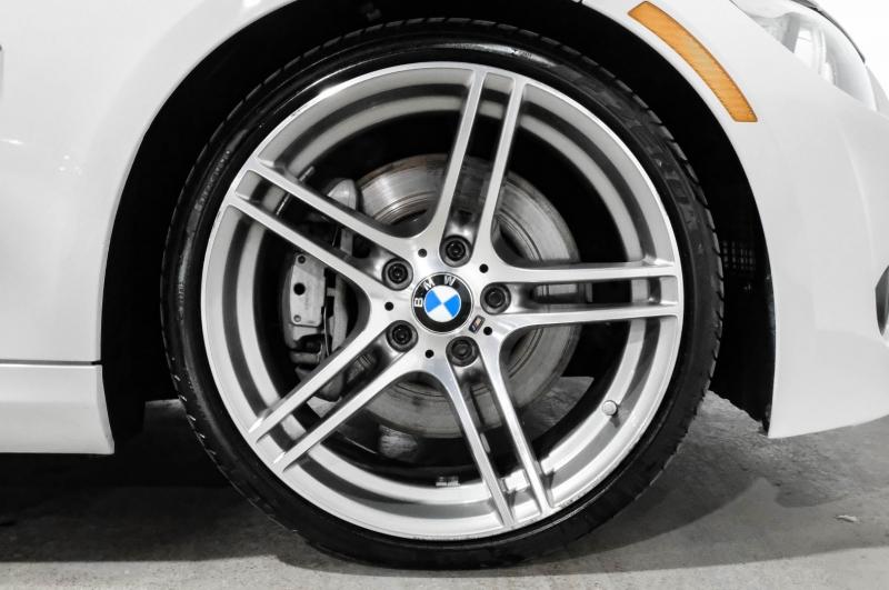 BMW 3-Series 2013 price $25,990