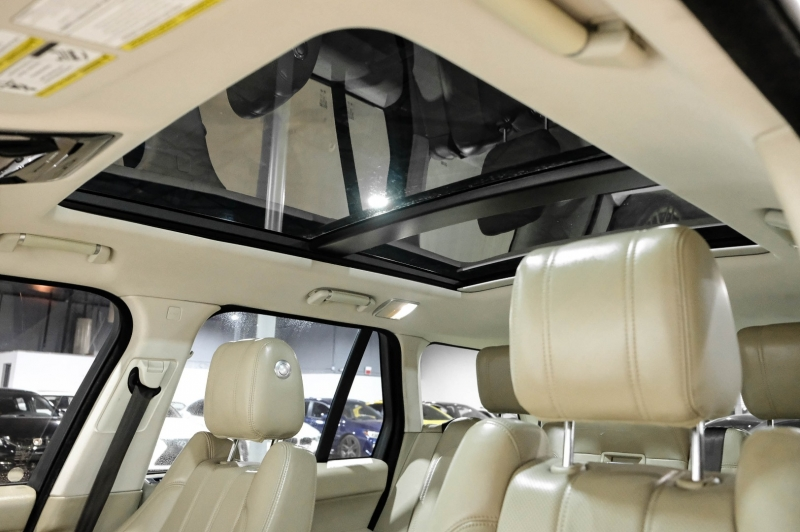 Land Rover Range Rover 2016 price $48,990