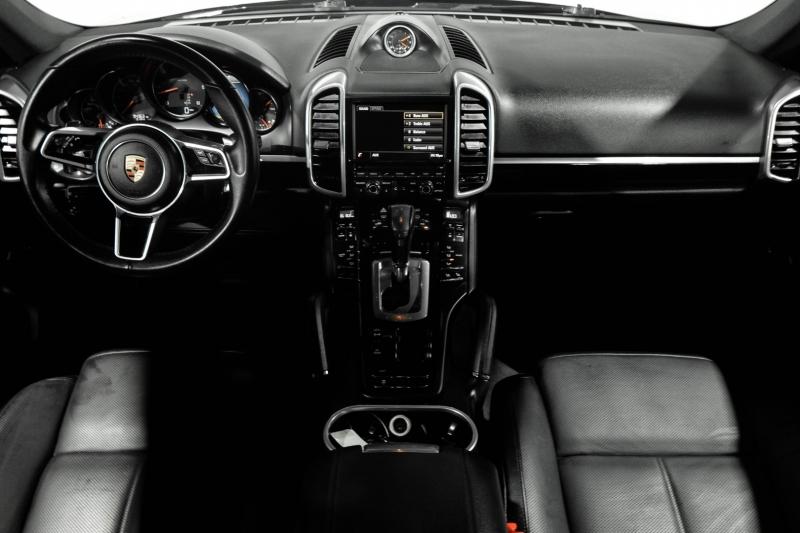 Porsche Cayenne 2016 price $35,990