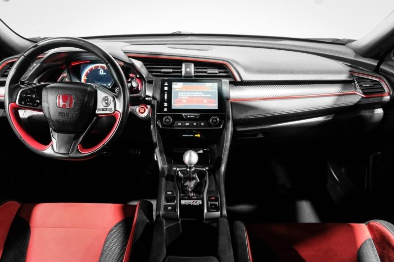 Honda Civic Hatchback 2017 price $37,990