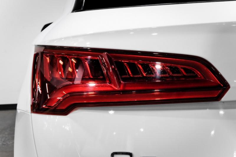 Audi Q5 2018 price $27,990