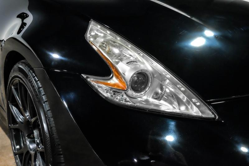 Nissan 370Z 2010 price $23,990