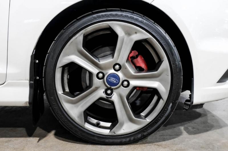 Ford Fiesta 2016 price $15,990