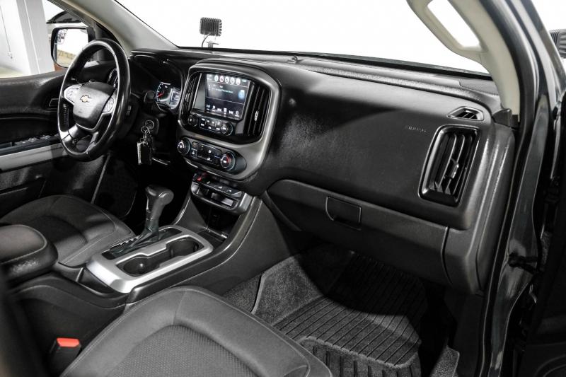 Chevrolet Colorado 2017 price $27,990